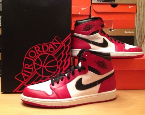 air-jordan-1-high-retro-bulls-01-570x451