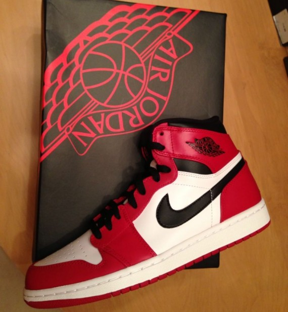 air-jordan-1-high-retro-bulls-03-570x616
